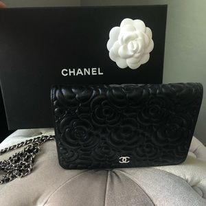 CHANEL Camilla Wallet On A Chain-Brand New